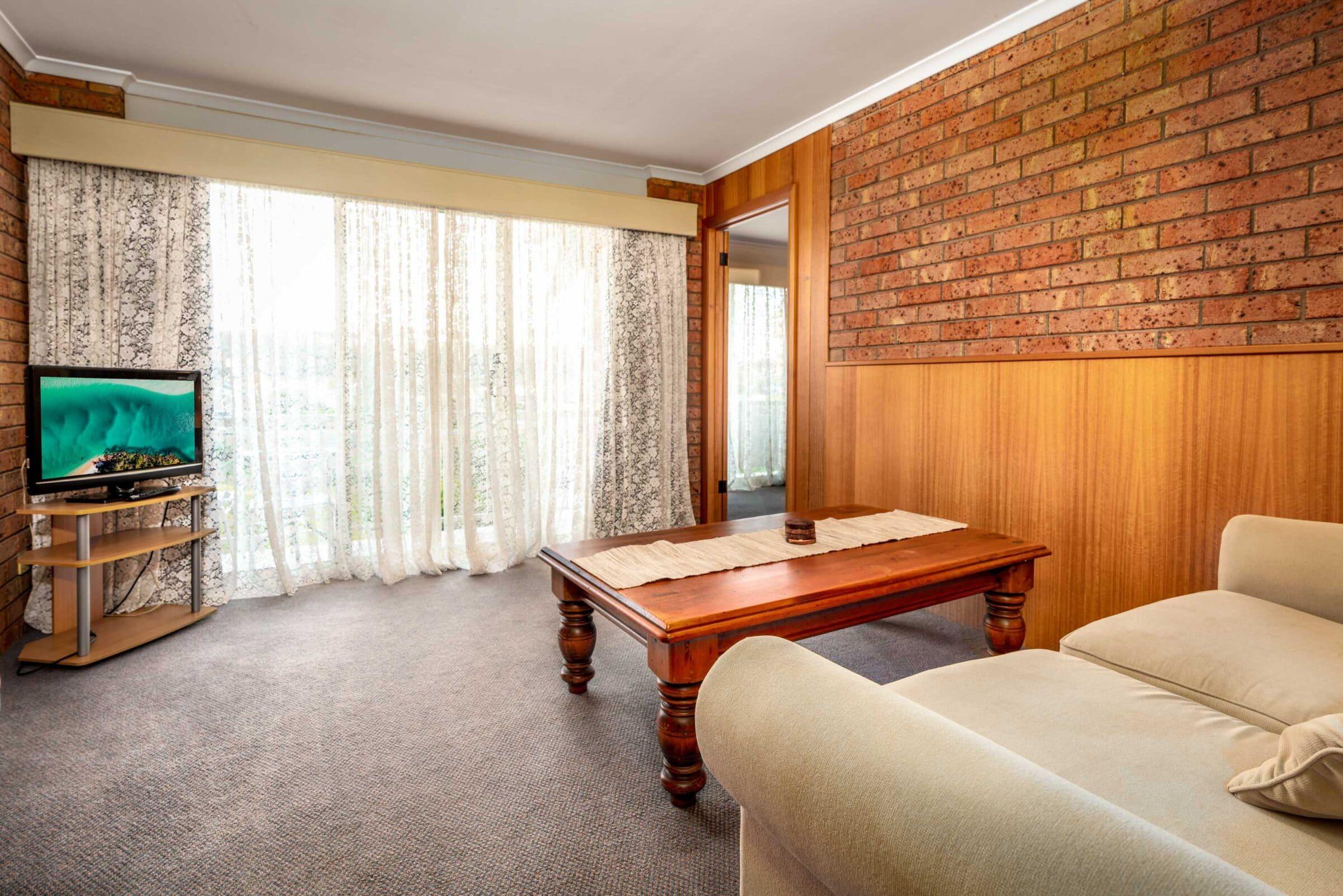 15-Lounge Suite-15 Small Suite Merimbula Motel Accommodation - Comfort Inn Merimbula